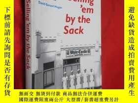 二手書博民逛書店Selling em罕見by the Sack: White C