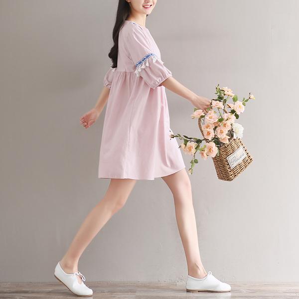2021夏裝新款文藝亞棉麻寬松精致小V領短流蘇燈籠中袖連衣裙女潮
