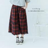 ♥現貨♥  snap不對稱格紋拼接口袋毛邊裙  三色-小C館日系
