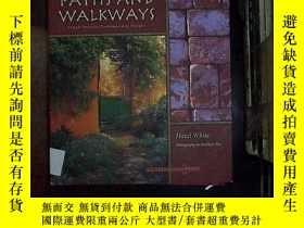 二手書博民逛書店PATHS罕見AND WALKWAYSY180897