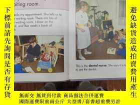 二手書博民逛書店my罕見visit to the dentistY271632