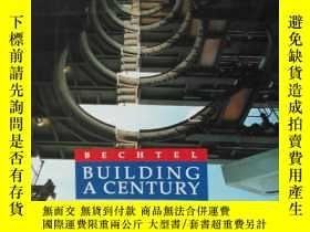 二手書博民逛書店英文原版罕見bechtel building a century