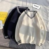冬季新款寬鬆v領毛衣男士韓版潮流厚款線衣港風個性針織衫 扣子小鋪