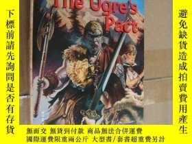 二手書博民逛書店The罕見Ogre s Pact (Twilight Giant