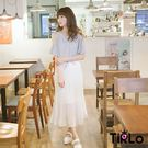 洋裝-Tirlo-露肩寬袖直條紋拼接長紗...