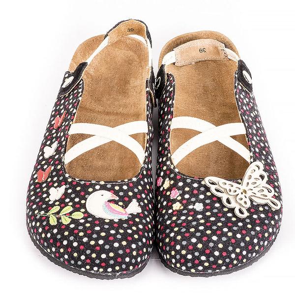 【Jingle】夢幻蝴蝶花園前包後空軟木休閒鞋(黑點點大人款)