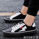 閃電板鞋小白鞋休閒運動男鞋青少年運動鞋男鞋低筒鞋  MOON衣櫥