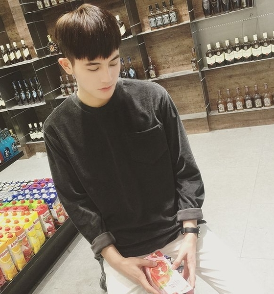 【找到自己】 韓國 復古 上衣 燈籠 大學T 古著 文青