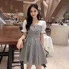 VK精品服飾 韓系氣質收腰顯瘦泡泡袖拼接格子短袖洋裝