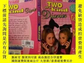 二手書博民逛書店Two罕見of a kind:兩種一種Y200392