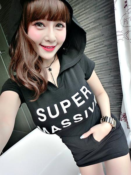 克妹Ke-Mei【AT58140】SUPERMASSIVE獨家開版字母梯型口袋連帽T恤洋裝