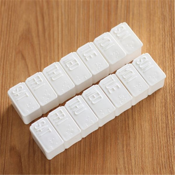 現貨-隨身小藥盒 迷你首飾收納盒 7格條形藥盒 便攜一周分裝藥盒【A099】『蕾漫家』