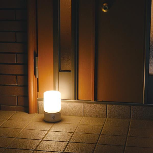 日本朝日電器暮光系列-LED感應玄關燈-(大圓)-珍珠白/黃光/電池式