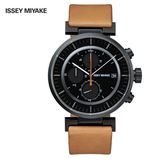 三宅一生ISSEY MIYAKE W系列SILAY006Y 黑鋼儀錶板三眼駝色皮帶錶x42mm 公司貨|名人鐘錶高雄門市