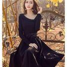 19810-QF韓款氣質斜V翻領純色大裙襬長袖洋裝(附腰帶)~秋裝新款~美之札