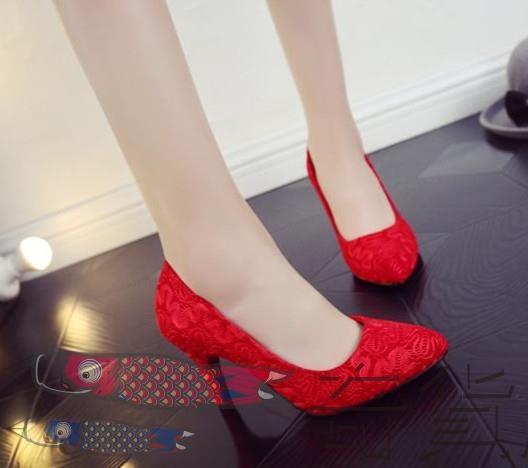 尖頭蕾絲女單鞋婚鞋新娘結婚敬酒禮服細跟高跟鞋大紅色中低新款回