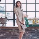 依多多 洋裝 秋冬新款氣質鏤空立領單排扣修身包臀連身裙