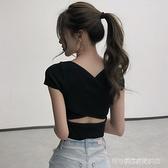小心機上衣 心機t恤女小眾設計感修身v領泫雅風緊身露肚臍短款性感小款上衣夏