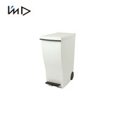 【 岩谷Iwatani 】雙色曲線長型可分類腳踏垃圾桶附輪33L 白棕