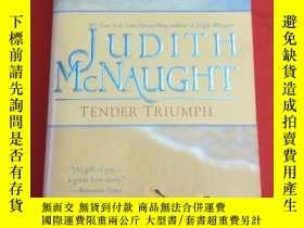 二手書博民逛書店TENDER罕見TRIUMPH 英文原版Y233841