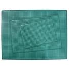 A1切割墊 2開切割板 信億(有格 深綠色)/一件12片入(定560) 桌墊切割板 切割墊板 90cm x 60cm MIT製