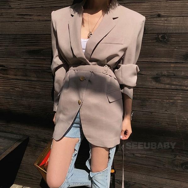 西裝外套韓流 袖口排釦設計墊肩西裝外套 艾爾莎【TGK6961】