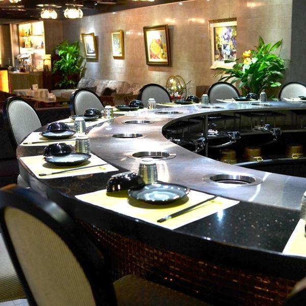 【台北】圓桌鐵板燒涮涮鍋2人頂級海陸鍋物套餐(涮涮鍋)