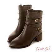 amai 金屬五角釦繞踝皮帶粗跟中筒靴 咖