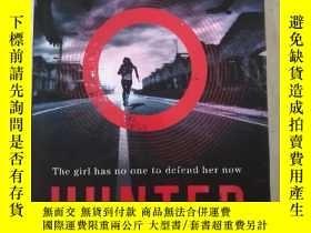 二手書博民逛書店The罕見girl has no one to defend h