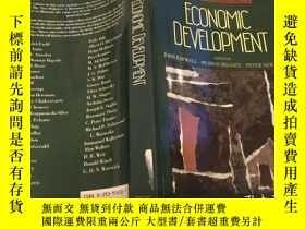 二手書博民逛書店Economic罕見Development (NEW PALGR
