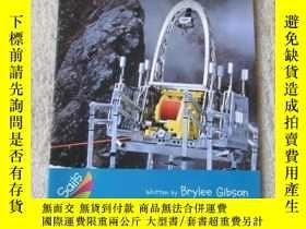 二手書博民逛書店Robot罕見Helpers(Sails Information