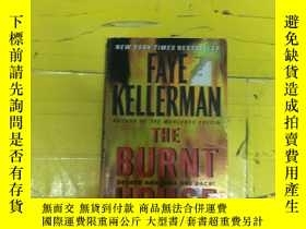 二手書博民逛書店The罕見Burnt House (Reprint Editio