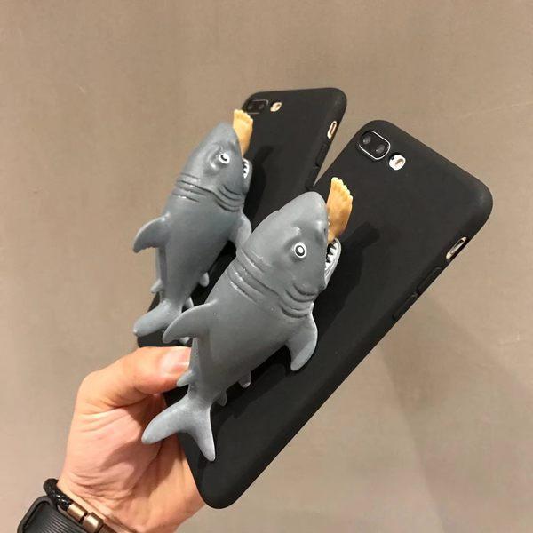 鯊魚手機殼 捏捏樂 立體 手機殼 鯊魚 造型 惡搞 軟殼 iphone8 手機支架【H00051】