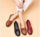 單鞋 春秋防滑媽媽鞋軟底單鞋中老年女鞋舒適真皮輕便平底 優拓