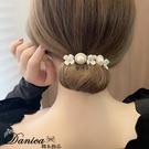 盤髮器 編髮器 仙女氣質小香風手作花朵珍珠造型盤髮器丸子頭包包頭 S8305 批發價 Danica 韓系飾品