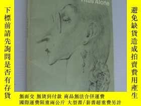 二手書博民逛書店Mervyn罕見Peake:Titus Alone 插圖本Y14