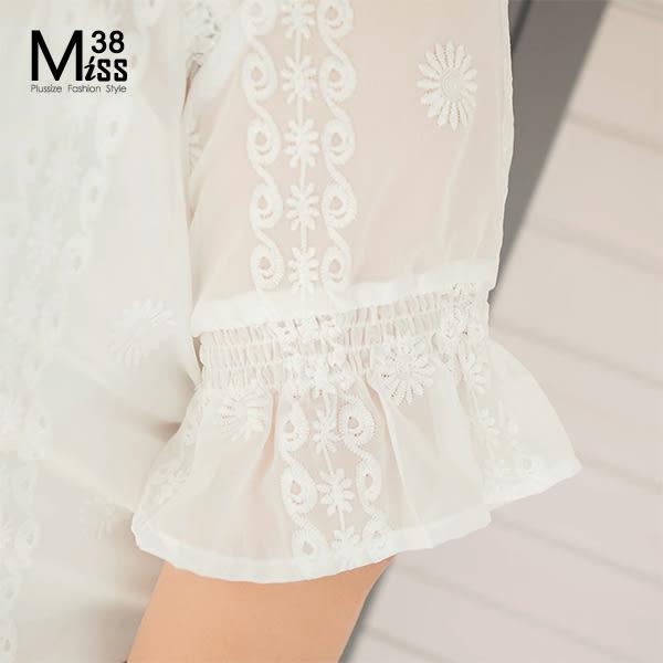 Miss38-(現貨)【A05499】大尺碼雪紡襯衫 繡花白色 真兩件套 五分喇叭短袖上衣 微透膚罩衫- 中大尺碼