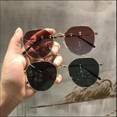 墨鏡女透明粉色新款網紅橢圓形太陽鏡ins韓版復古方框眼鏡女 町目家