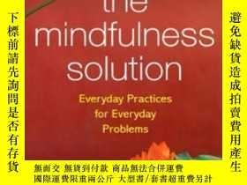 二手書博民逛書店The罕見Mindfulness SolutionY364682 Siegel, Ronald D. Guil