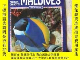 二手書博民逛書店Fish罕見of the Maldives, (World of Nature) 銅版彩圖 馬爾代夫魚類圖譜Y