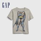 Gap男幼Gap x DC正義聯盟系列蝙蝠俠創意舒適印花短袖T恤577608-亮麻灰色