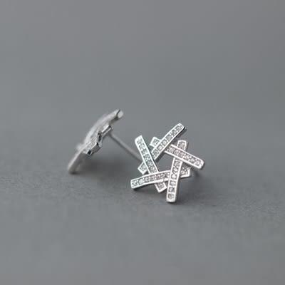 925純銀耳環(耳針式)-時尚個性星星情人節生日禮物女飾品73dr136[時尚巴黎]