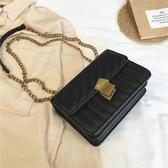 上新菱格錬條包包女2020新款韓版百搭側背斜背時尚質感簡約小方包