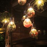 胡桃里裝飾綠植物大燈泡網咖酒館酒吧台燈音樂主題餐廳咖啡廳吊燈