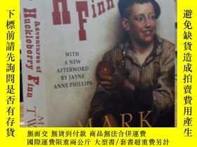 二手書博民逛書店Adventures罕見of Huckleberry Finn(