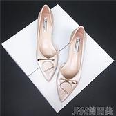 粗跟單鞋女2021春夏新款尖頭平底鞋女百搭平跟瓢鞋中跟淺口女鞋 快速出貨