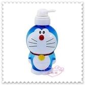 ♥小花花日本精品♥ 《Doraemon》哆啦A夢 沐浴罐 站姿 立體公仔造型 藍色 720ml 日本限定 (預購)