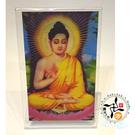 釋迦牟尼佛3D雙變卡+壓克力座   + 熄滅病痛身體健康(白)香包 *1 【十方佛教文物】