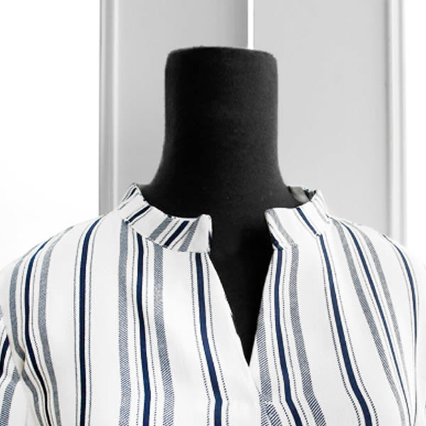 MIUSTAR 兩件式!V領開襟直條寬袖上衣+壓褶鬆緊腰寬褲(共2色)【NF0118LS】預購