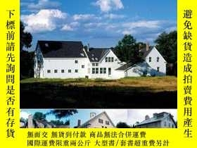 二手書博民逛書店Old罕見Barns - New HomesY346464 Ro
